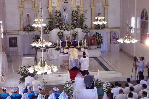 A Latin Mass wedding in Nuestra Señora de la Paz y Buen Viaje, Bohol
