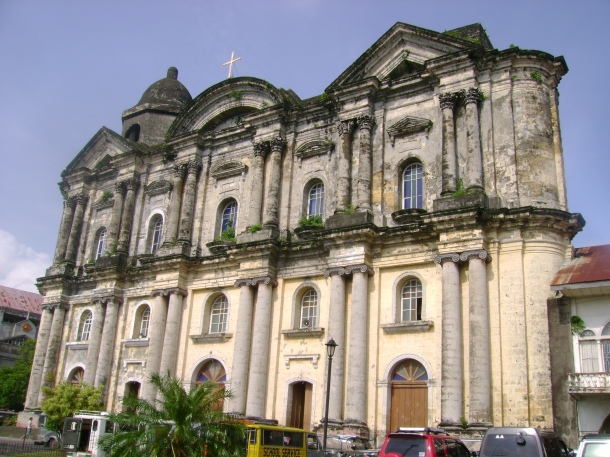 The massive façade of the largest church in Asia.