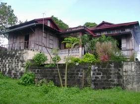 A well-maintained bahay-na-bató.