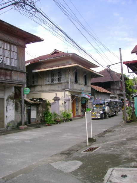 There is no street in Taal where there are no classic Filipino houses.