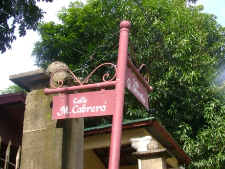 Taal town still uses CALLE instead of STREET! Awesome! A job well done for preserving something that is very Filipino!