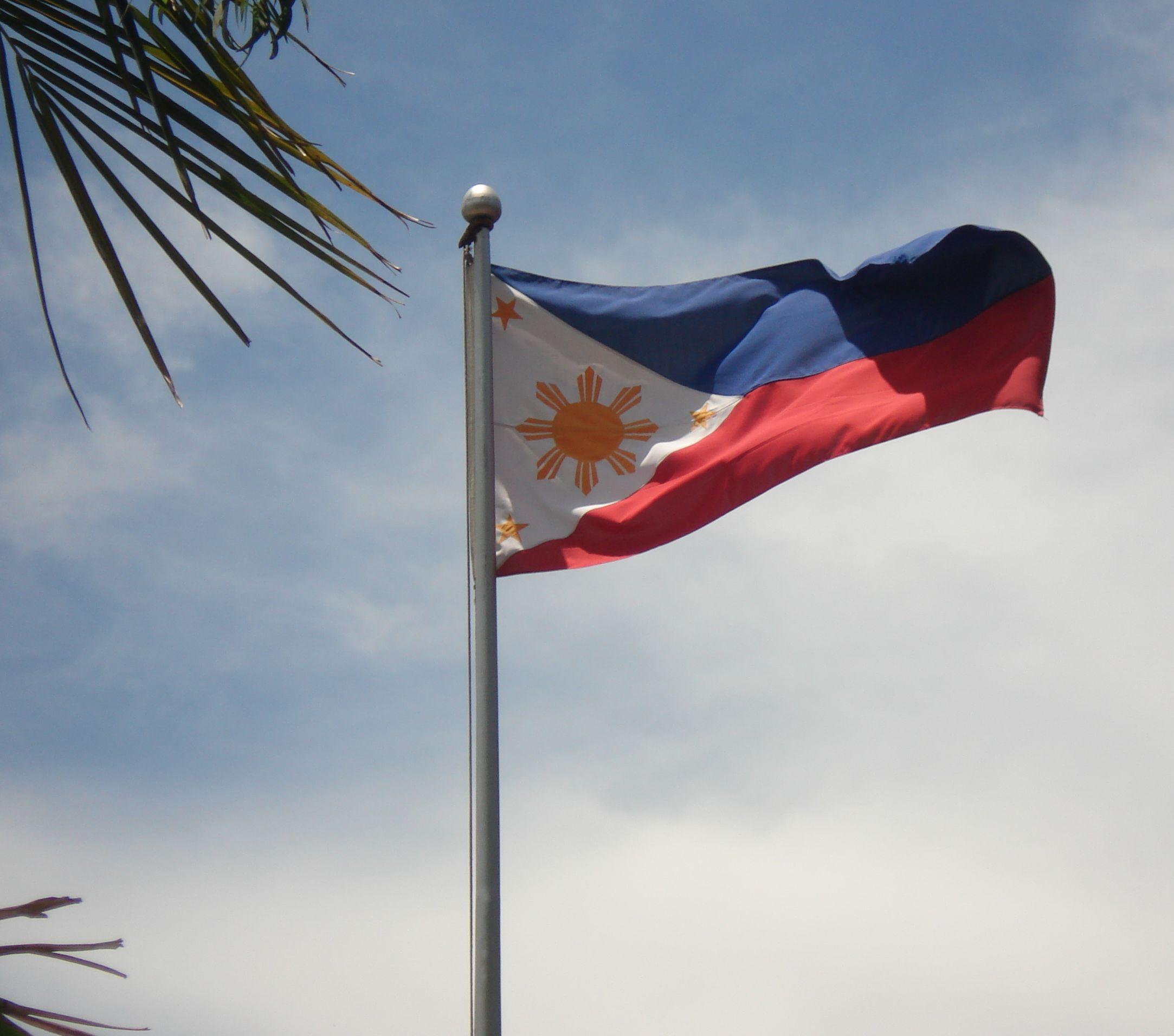 Por Telefono Jose Rizal Philippine Flag